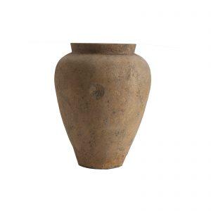 Ánfora fabricada en terracota en color cobre envejecido.