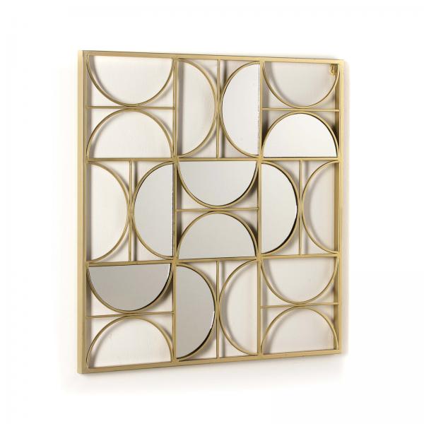 espejo escultórico de estructura metálica acabada en dorado