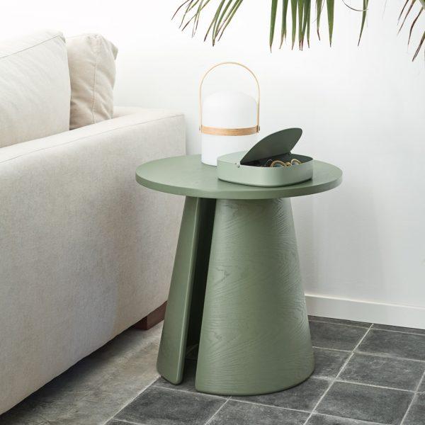 Mesa auxiliar redonda de madera de fresno lacada en verde